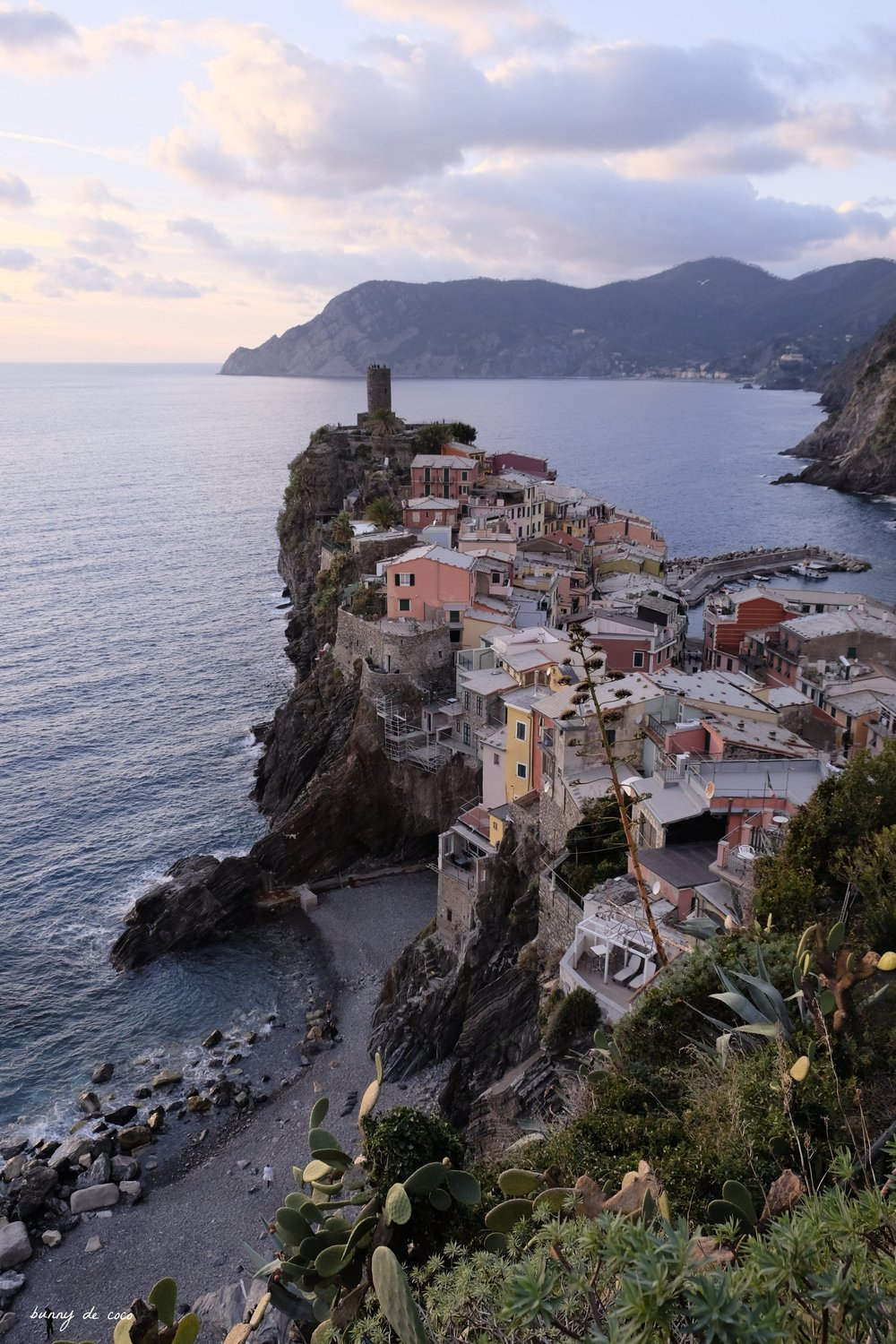 The prettiest spot in Vernazza for the sunset!