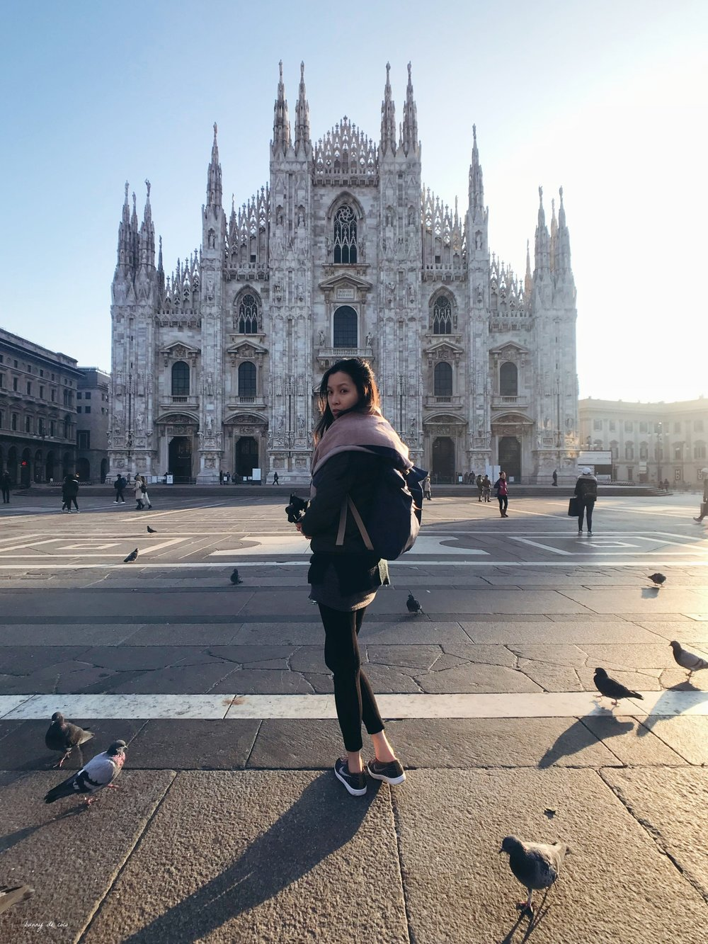 With my bird friends at Duomo di Milano